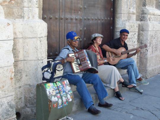 http://image5.hanatour.com/CMS/2011/11/03/20111103000540_0.jpg