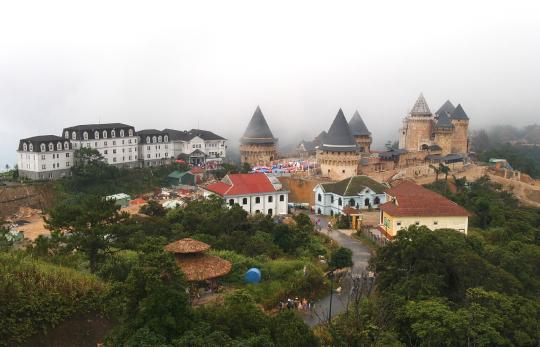 http://image5.hanatour.com/cms/2012/09/17/20120917000757_0.jpg