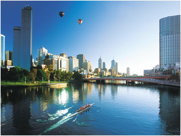 멜버른 야라강에서 바라본 시티전경