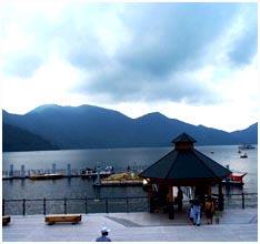 쥬젠지호수(中尊寺湖)