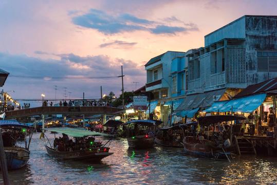 방콕 암파와 수상시장+반딧불 투어