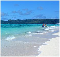 마나가하섬의 푸른 바닷물